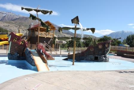 Waterparks and swimming pools fun to do for Indoor pools in utah